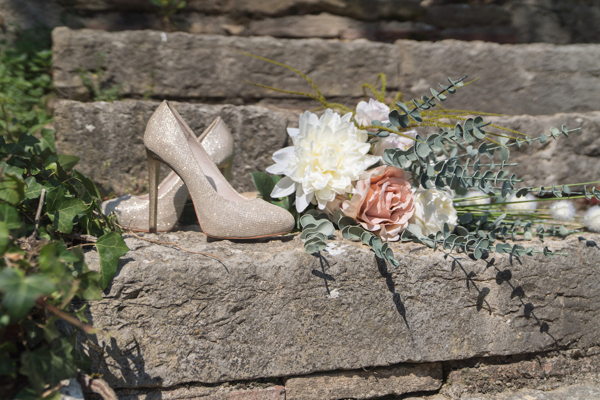 french vintage theme - shoes and bouquet